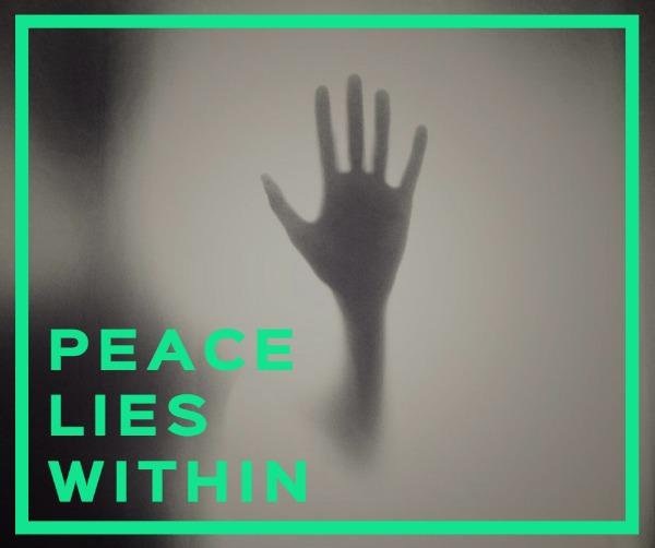 灰绿色手掌投影主题海报