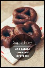 褐色浪漫美食主题海报